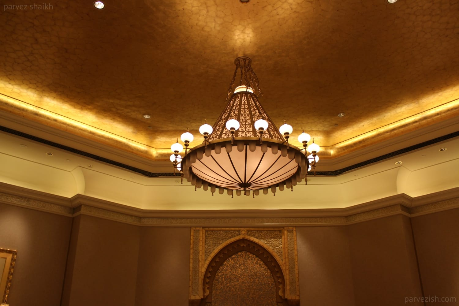 Hotel Emirates Palace Chandelier