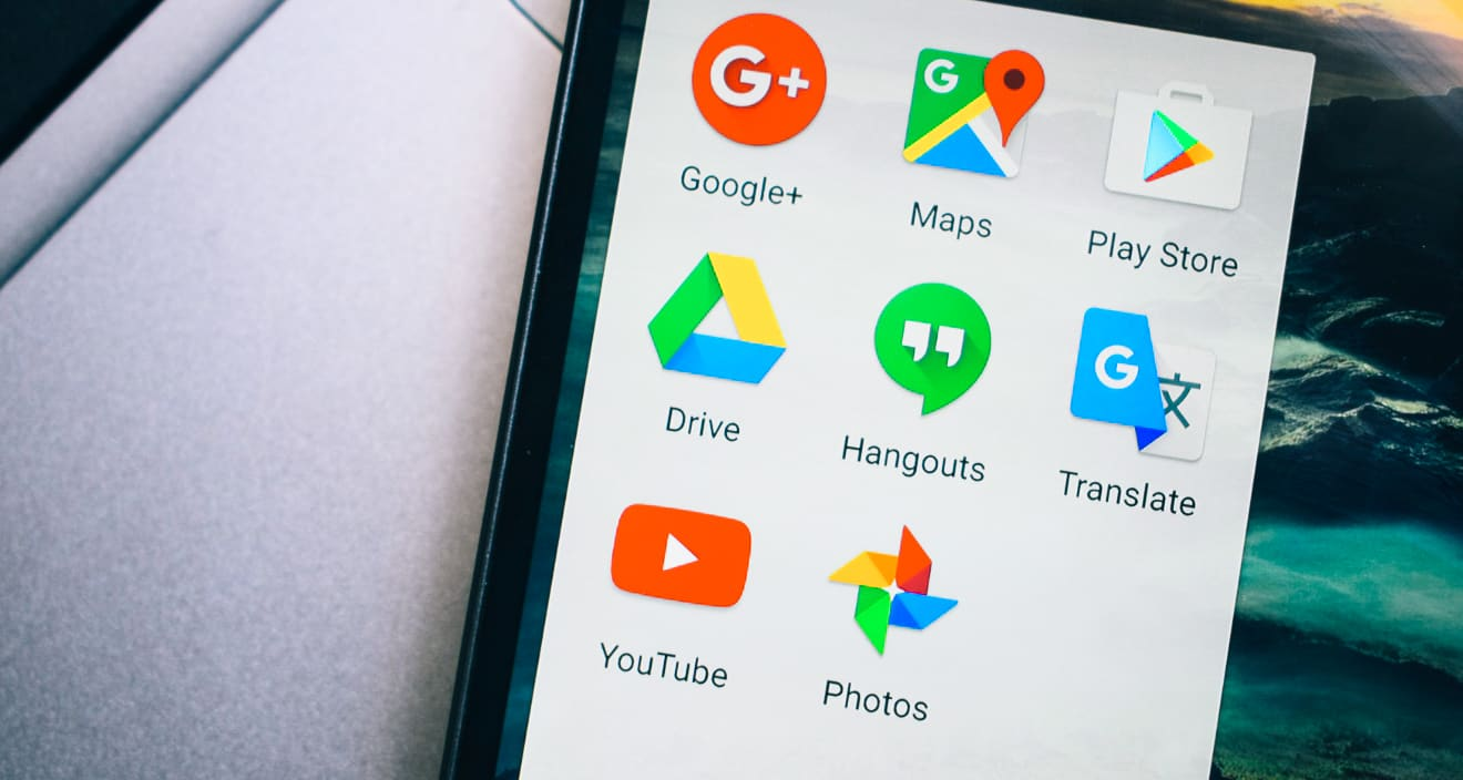 5 Google Apps I Use While Traveling (And You Should Too)