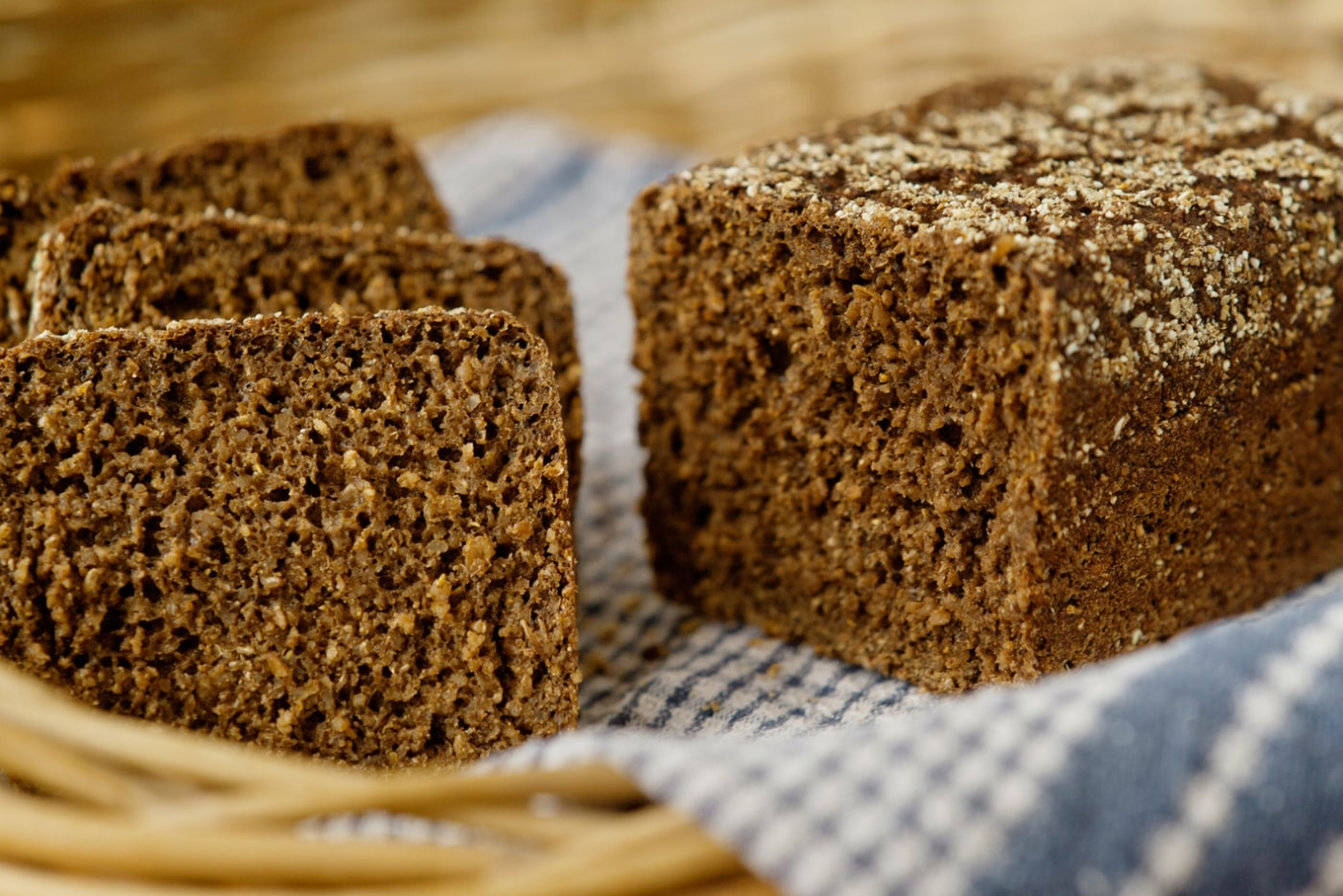 Pumpernickel German Bread