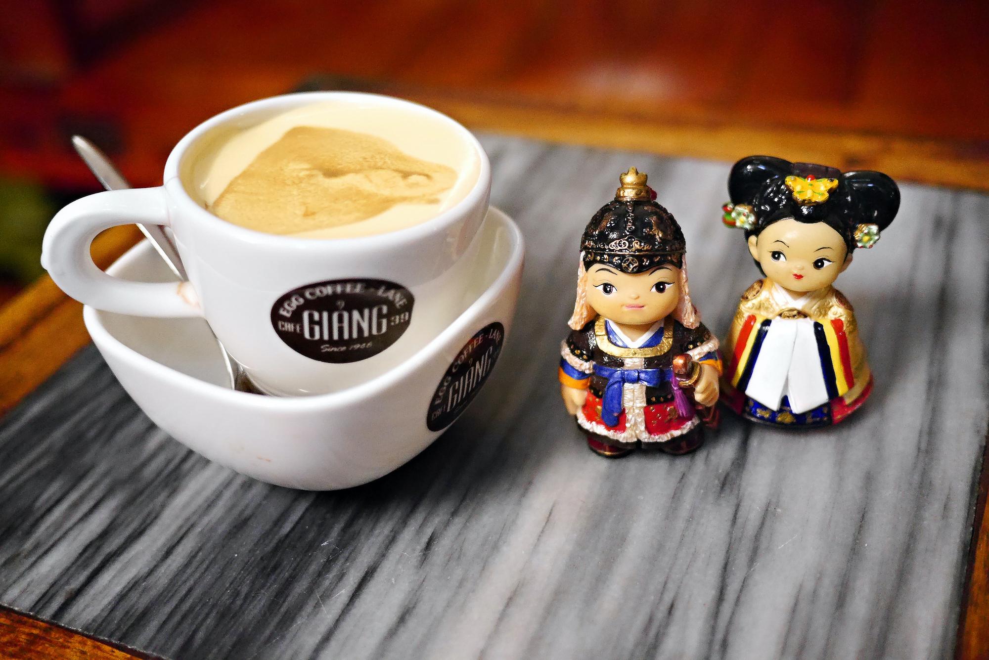 Cà Phê Trung Vietnamese Coffee