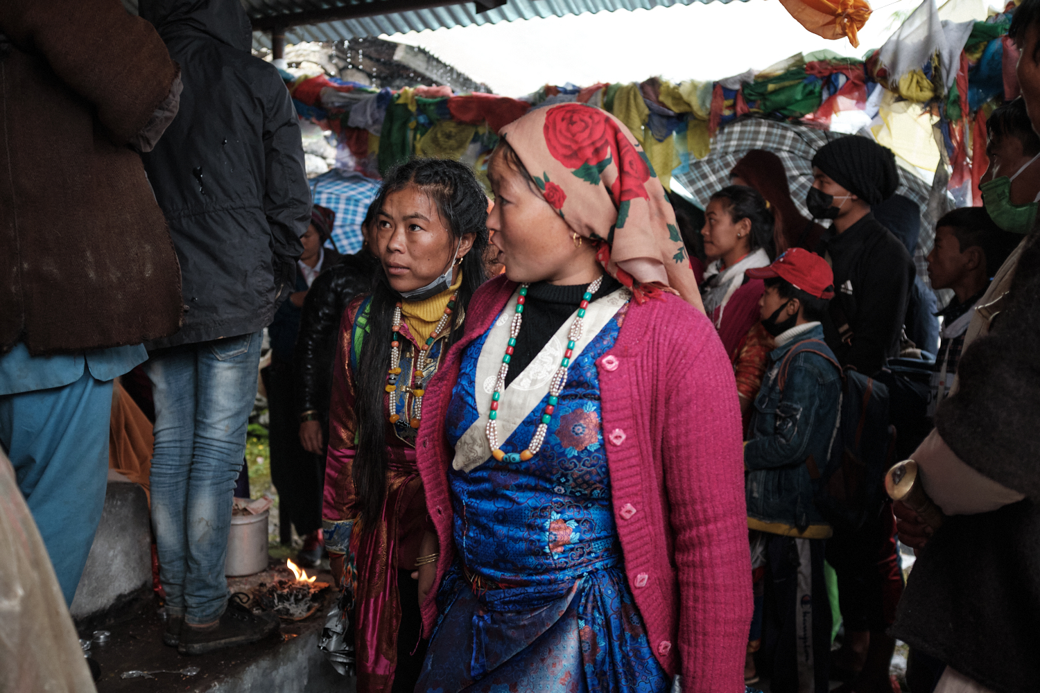 Women attendees pictured at Gosainkunda's Shiva temple