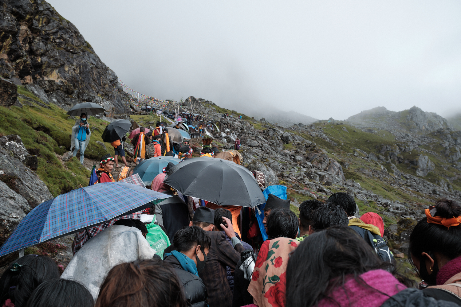 Crowd of people on their way to Trishul Dhara